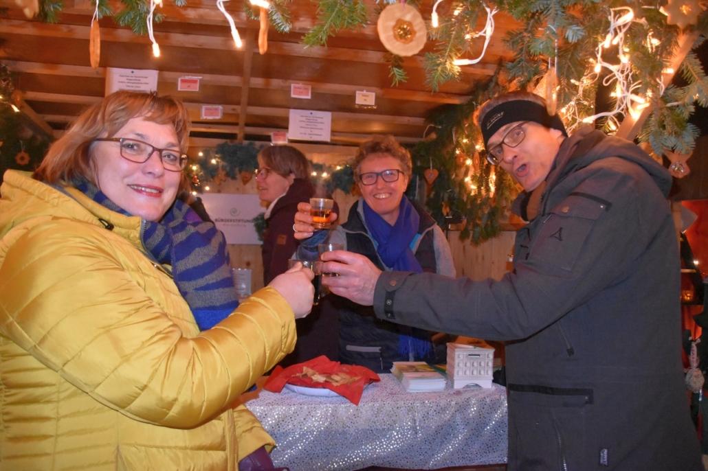 Weihnachtsmarkt Wardenburg Bürgerstiftung Besucher