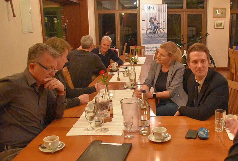 Unternehmer_Netzwerktreffen_Wardenburg-Foto_GrAbo