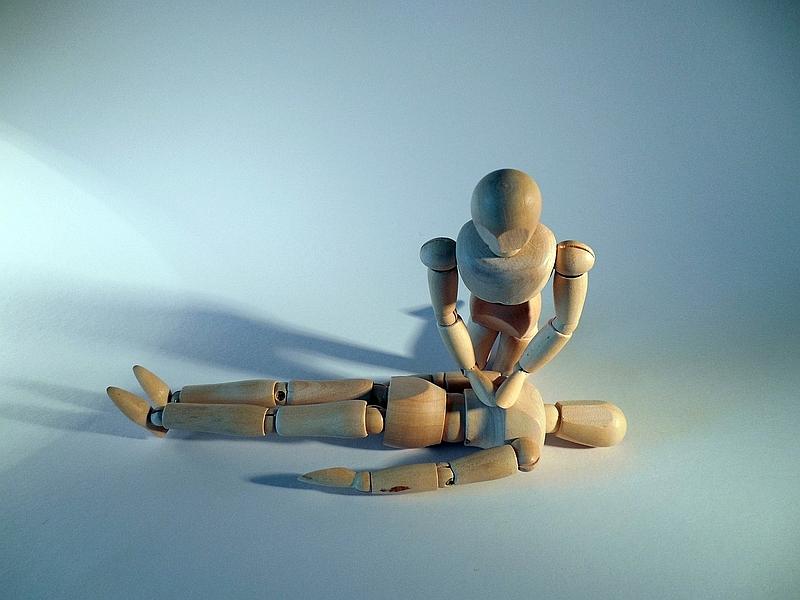 Erste Hilfe Pixabay succo first-aid-850489_1280